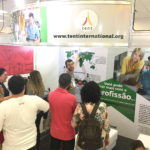 There is a great interest for tentmaking in Brazil, says Gustavo Borges. Last week he presented tentmaking to hundreds of people at a major mission conference in Brazil. Photo: Tent International