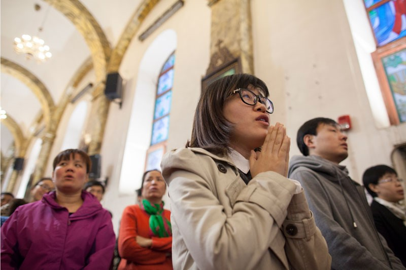 Chinese worshippers